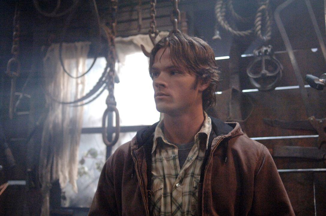 Im Kampf gegen einen wütenden Geist, der jedes Jahr auftaucht um einen Menschen das Leben zu nehmen: Sam (Jared Padalecki) ... - Bildquelle: Warner Bros. Television