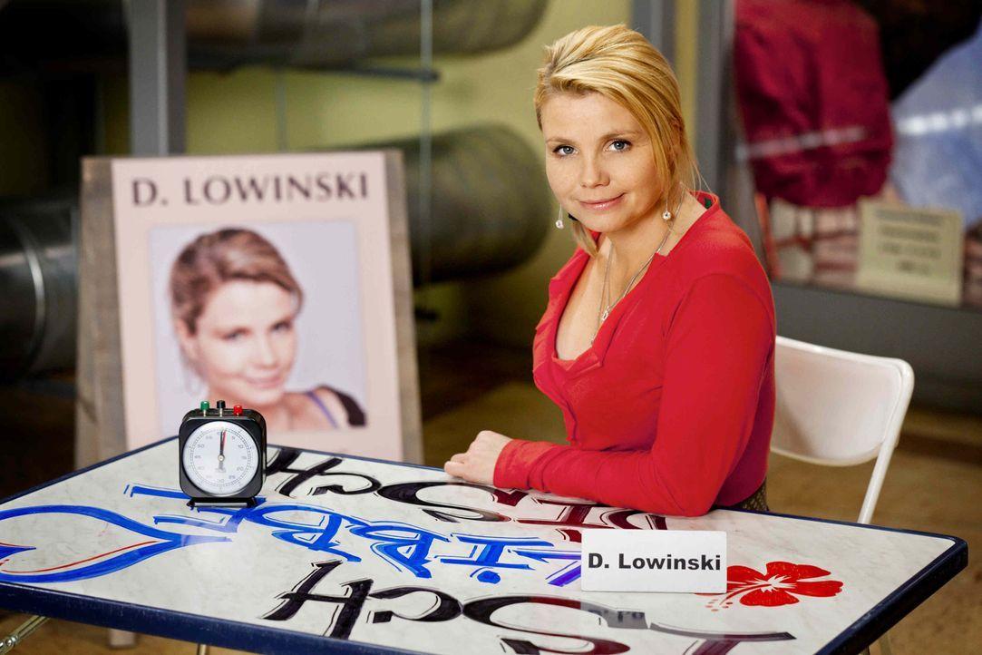 (3. Staffel) - Danni Lowinski (Annette Frier) ist die ungewöhnlichste Rechtsanwältin von Köln ... - Bildquelle: Frank Dicks SAT.1