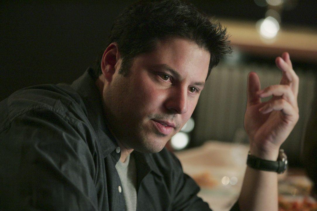 Versucht herauszufinden, wo Tambor den Explosivstoff versteckt hat: Eric Weiss (Greg Grunberg) ... - Bildquelle: Touchstone Television