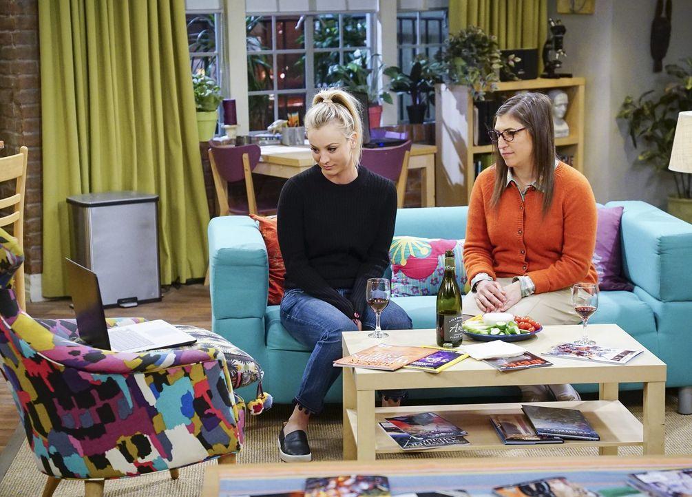 Penny (Kaley Cuoco, l.) und Amy (Mayim Bialik, r.) planen eigentlich einen Mädelsabend mit Bernadette, doch der Abend entwickelt sich ganz anders, a... - Bildquelle: Warner Bros. Television