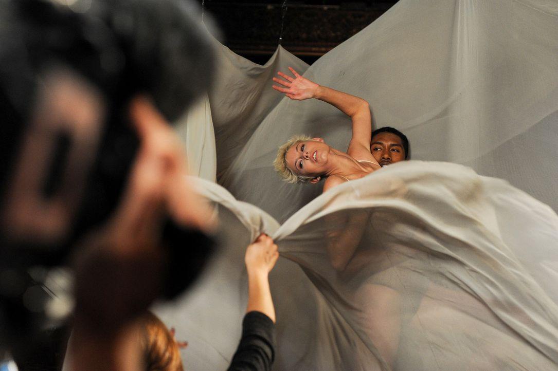 GNTM-Stf10-Epi12-Dance-Shooting-16-ProSieben-Micah-Smith - Bildquelle: ProSieben/ Micah Smith