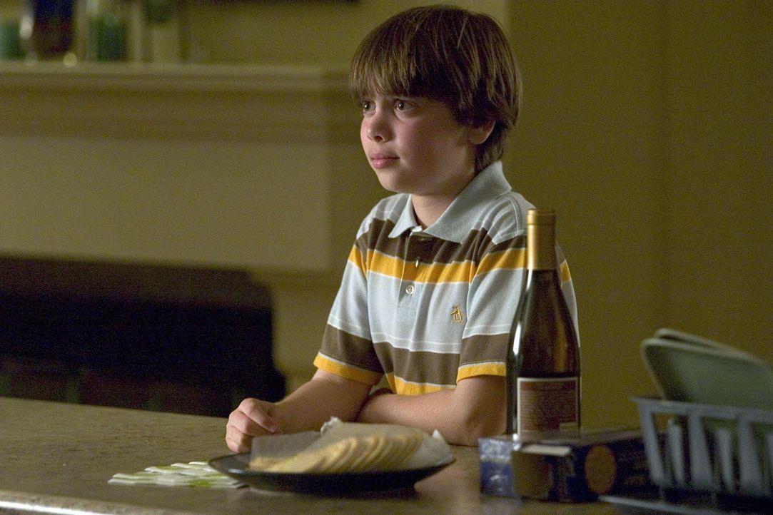Macht sich große Sorgen um seine Mutter: Shane (Alexander Gould) ... - Bildquelle: Lions Gate Television