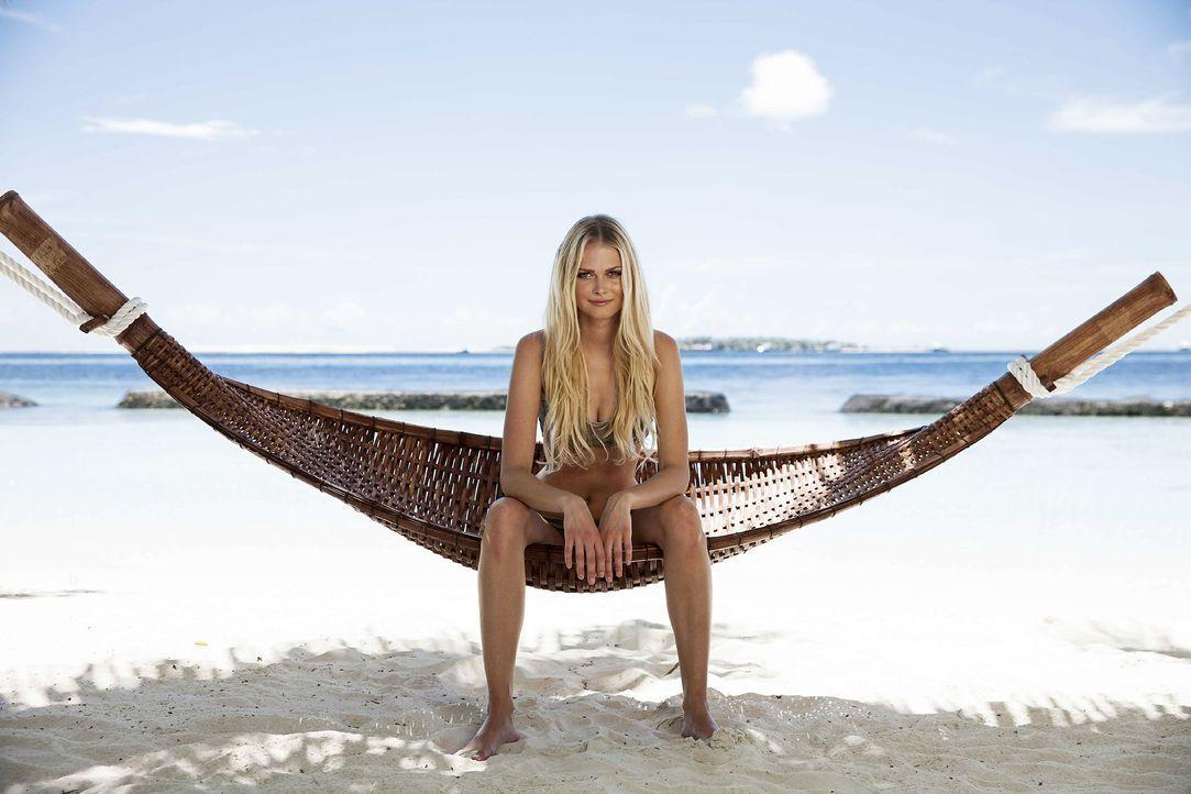 GNTM-Stf10-Epi13-Bikini-Shooting-Malediven-01-Darya-ProSieben-Boris-Breuer - Bildquelle: ProSieben/Boris Breuer