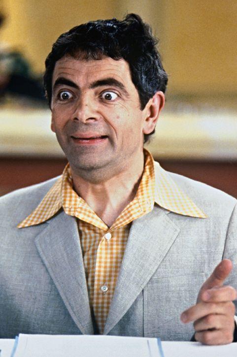 Weder Enrico (Rowan Atkinson) noch seine Konkurrenten ahnen, dass sie stets im Visier des Casino-Chefs Donald Sinclair sind ... - Bildquelle: Senator Film