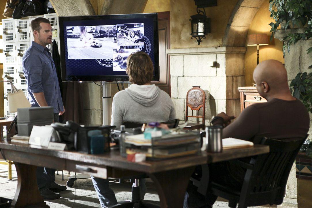 Um einen neuen Fall aufzudecken, geben Callen (Chris O'Donnell, l.), Sam (LL Cool J, r.) und Deeks (Eric Christian Olsen, M.) alles ... - Bildquelle: CBS Studios Inc. All Rights Reserved.