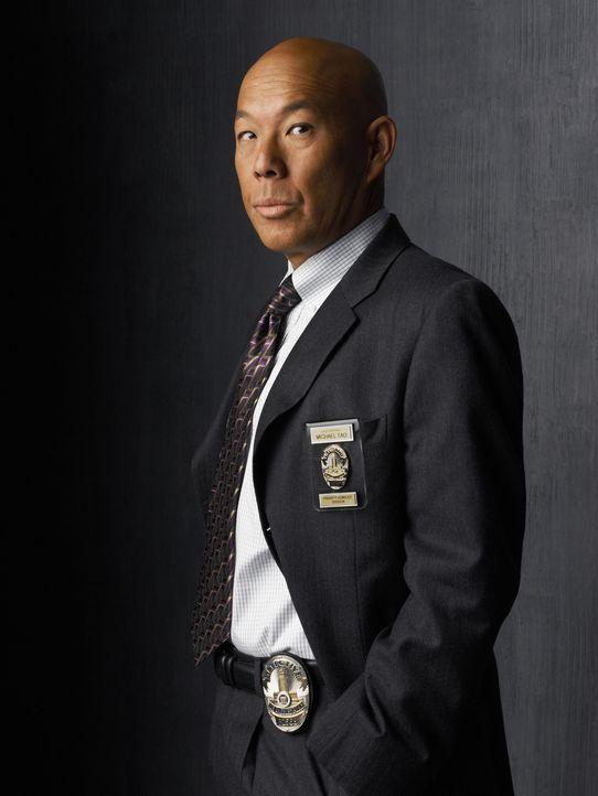 (2. Staffel) - Lieutenant Mike Tao (Michael Paul Chan) ist für die technische Unterstützung zuständig und hat gute Kontakte innerhalb des LAPD ... - Bildquelle: Warner Brothers