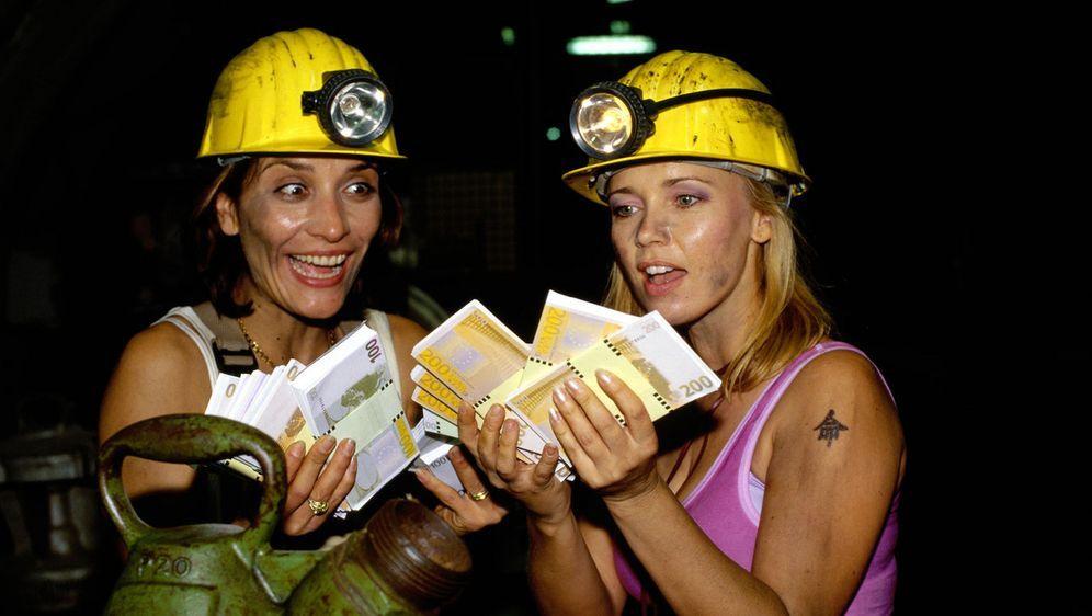 Drei Frauen, ein Plan und die ganz große Kohle - Bildquelle: Sat.1