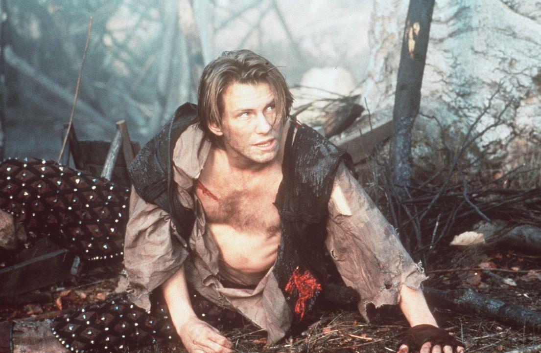 Sein Hass gegen seinen Halbbruder Robin, macht Will Scarlet (Christian Slater) blind für das Gute, das dieser vollbringt. Deshalb verrät er Robin... - Bildquelle: WARNER BROS.