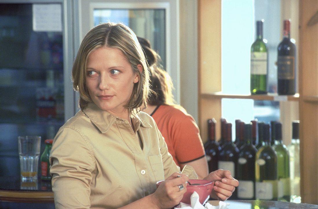 Für die lebenslustige Lara (Doreen Jacobi) steht schon nach wenigen Begegnungen fest, dass sie in Mark ihren Traummann gefunden hat. Doch dieser sc... - Bildquelle: Gordon Mühle ProSieben