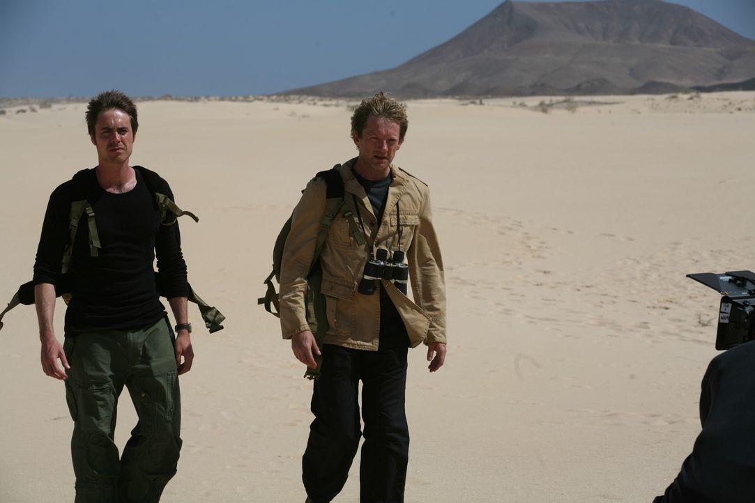 Bei den Dreharbeiten zu Primeval ... - Bildquelle: ITV Plc