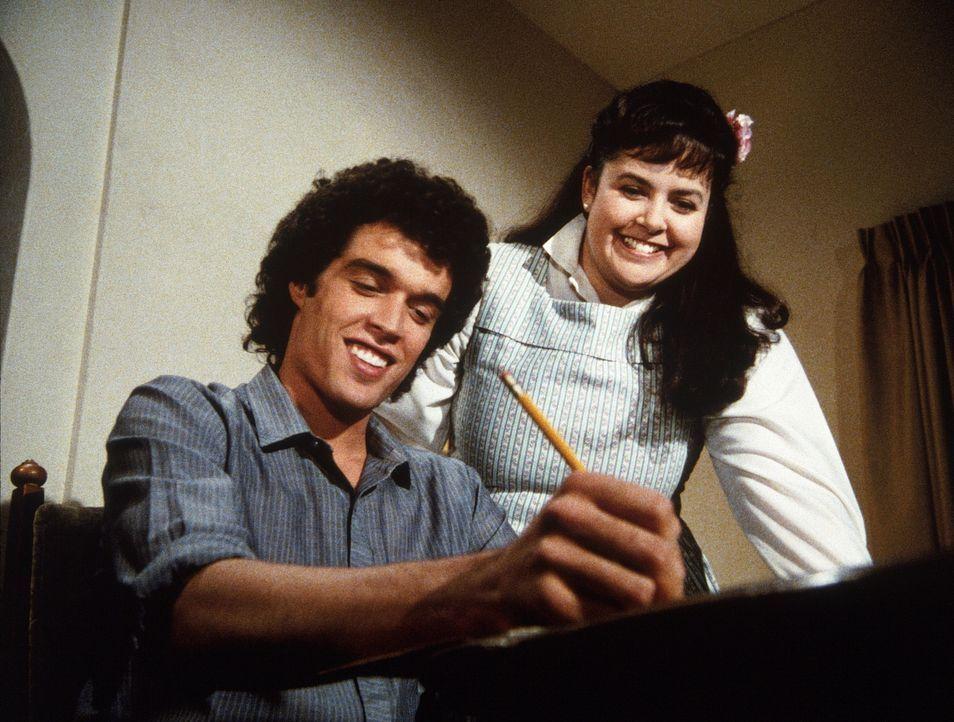 Als Jack (Darren Dalton, l.) tatsächlich Gefallen am Nachhilfeunterricht findet und Dank Jenny (Judy Carmen, r.) Fortschritte macht, schmiedet Arle... - Bildquelle: Worldvision Enterprises, Inc.