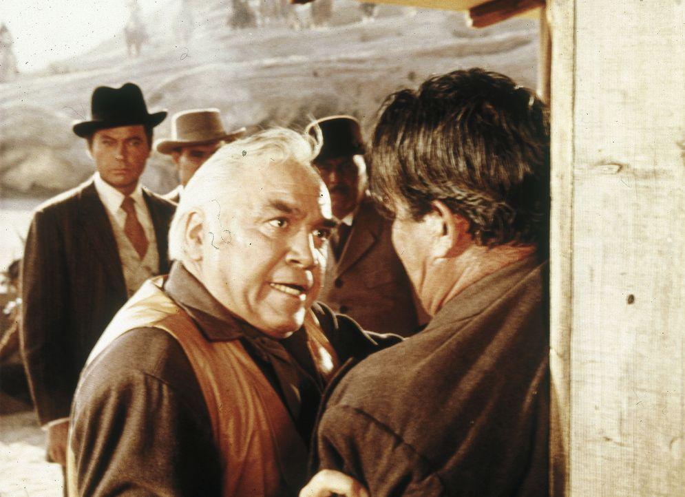 Kann Ben (Lorne Greene, l.) den Pony-Express noch retten? - Bildquelle: Paramount Pictures