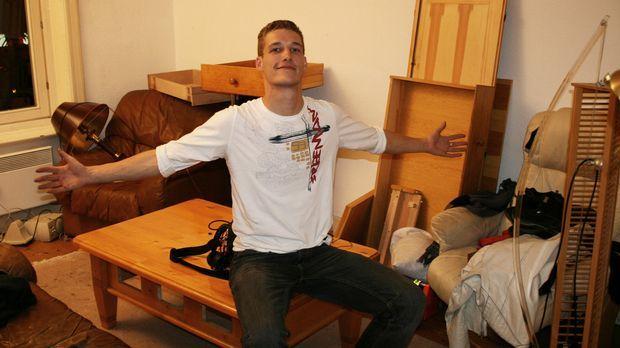 Der 22-Jährige Mario aus Hamburg bekommt in seinem Leben einfach nichts auf d...