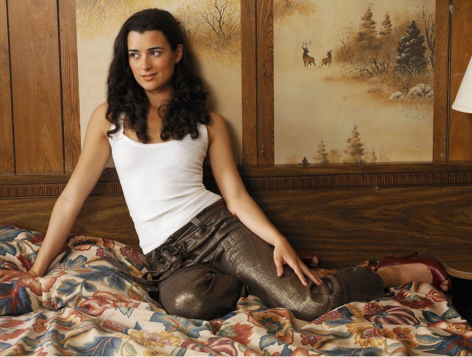 (5. Staffel) - Durch ihre ruppige Art und ihre besondere Begabung der Spionage wird Ziva David (Cote de Pablo) zur Fachfrau fürs Grobe ... - Bildquelle: CBS Television