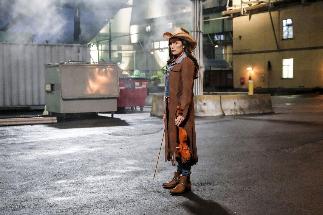 Könnte die Countrysängerin Izzy Bowen (Miranda MacDougall) Barrys neue Geheimwaffe im Kampf gegen DeVoe werden? - Bildquelle: 2017 Warner Bros.