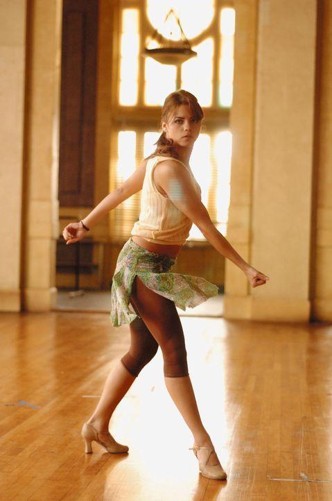 Die junge Nora (Jenna Dewan) will partout Profitänzerin werden. Sie lebt nur noch für die Abschlussaufführung, zu der etliche Talentscouts erwart... - Bildquelle: Constantin Film