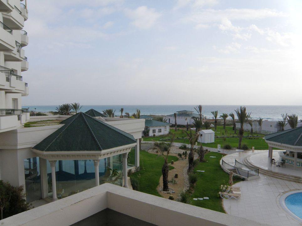 Ländercheck Tunesien! Es ist nur drei Flugstunden von Deutschland entfernt, hat 1300 Kilometern Küste mit Sandstrand zu bieten, Hotels aller Kateg... - Bildquelle: kabel eins