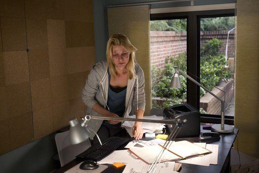 Homeland - Ihre Befürchtungen lassen Carrie (Claire Danes) wilde Spekulatione...