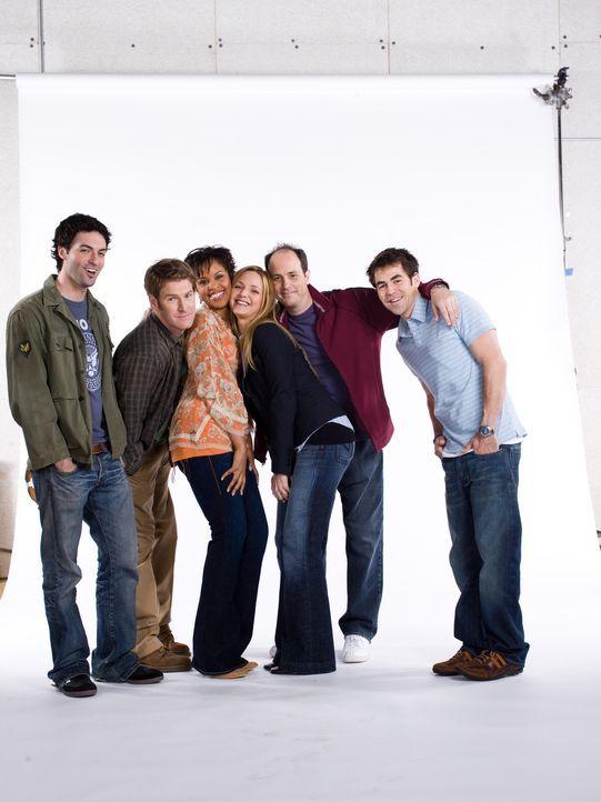 (1. Staffel) - Die Clique hat viel Spaß zusammen (v.l.n.r.): Brendan (Reid Scott), Mike (Jamie Kaler), Stephanie (Kellee Stewart), P.J. (Jordana Sp... - Bildquelle: 2006 Sony Pictures Television Inc. All Rights Reserved