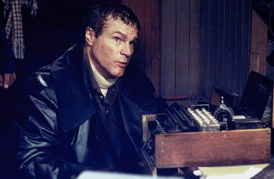 Marine Major Coonan (David Keith) steht vor einer schwierigen Entscheidung ... - Bildquelle: 2000 Universal Pictures. All Rights Reserved