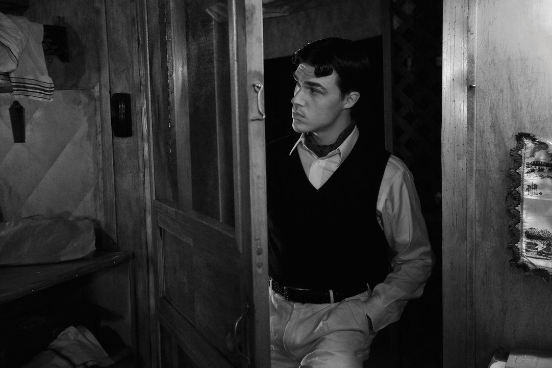 (4. Staffel) - Dandy Mott (Finn Wittrock) ist ein junger Mann aus gutem Hause, den seine Langeweile schließlich zu einem skrupellosen Mörder macht .... - Bildquelle: 2014, FX Network. All rights reserved.