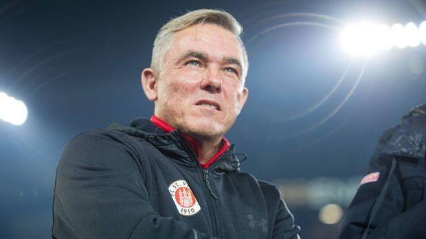 Olaf-Janßen-ist-nicht-mehr-Trainer-beim-FC-St.-Pauli.