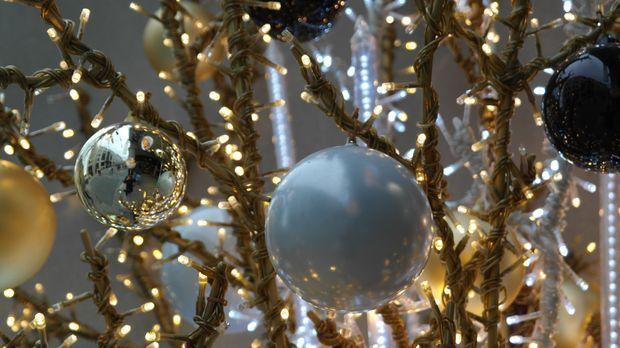 wohnzimmer weihnachtlich dekorieren tipps sat 1 ratgeber. Black Bedroom Furniture Sets. Home Design Ideas