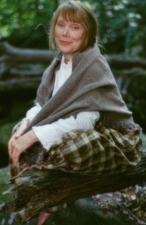 Als sie von einem bestimmten Brunnen getrunken hat, wurde sie unsterblich: Mae Tuck (Sissy Spacek) ... - Bildquelle: Ron Phillips Disney Enterprises, Inc.