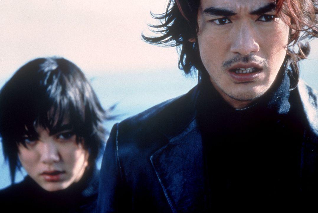 Gemeinsam versuchen Milly (Anne Suzuki, l.) und Miyamoto (Takeshi Kaneshiro, r.) die Pläne eines Yakuza-Psychopathen zu durchkreuzen ... - Bildquelle: CPT Holdings, Inc.  All Rights Reserved.
