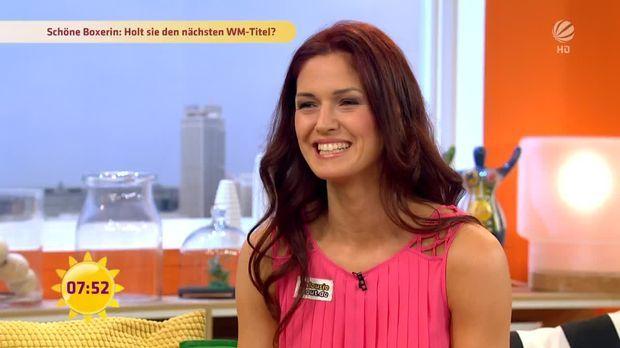 Schöne Kickboxerin Marie Lang: Auf dem Weg zum achten WM-Titel!