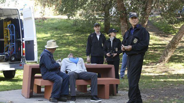 Als ein Unteroffizier ermordet wird, müssen Gibbs (Mark Harmon, r.), Ducky (D...