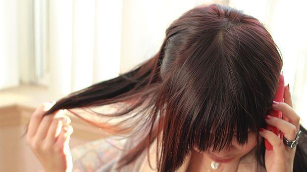 Genial Frisuren In Weniger Als 30 Sekunden Sat1 Ratgeber