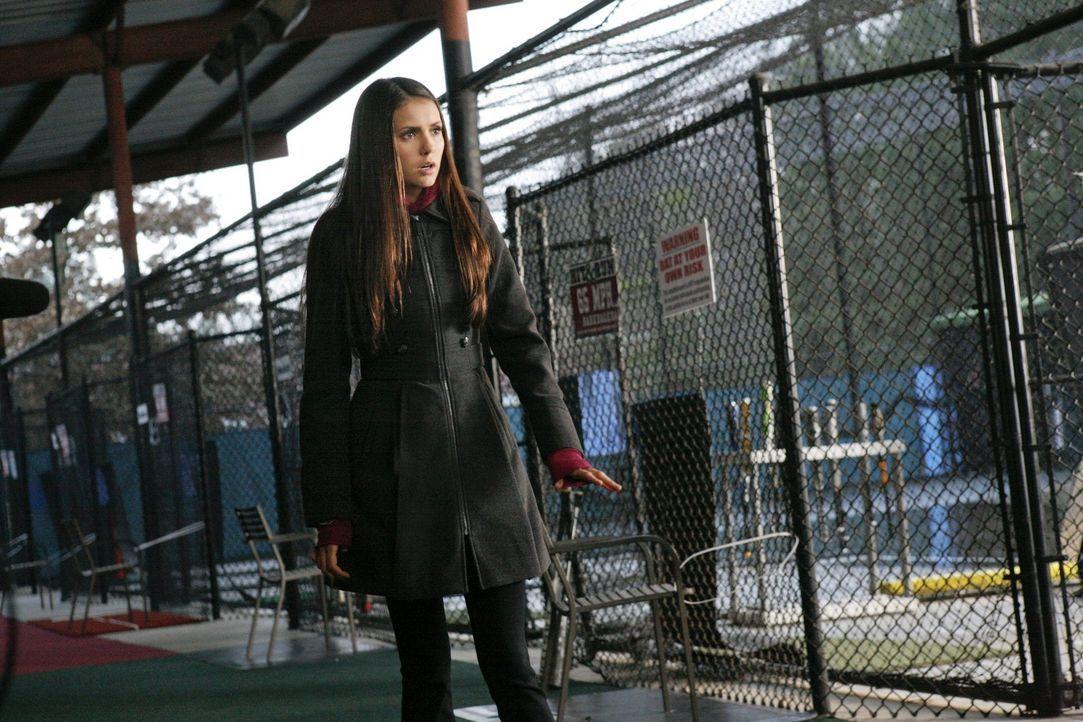 Elena will sich auch über ihre Gefühle für Damon klarwerden: Elena (Nina Dobrev) ... - Bildquelle: Warner Brothers