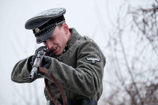 Kriegsverbrecher: Der skrupellose Nazi-Kommandant Julius Viel (Lorenzo Damain...