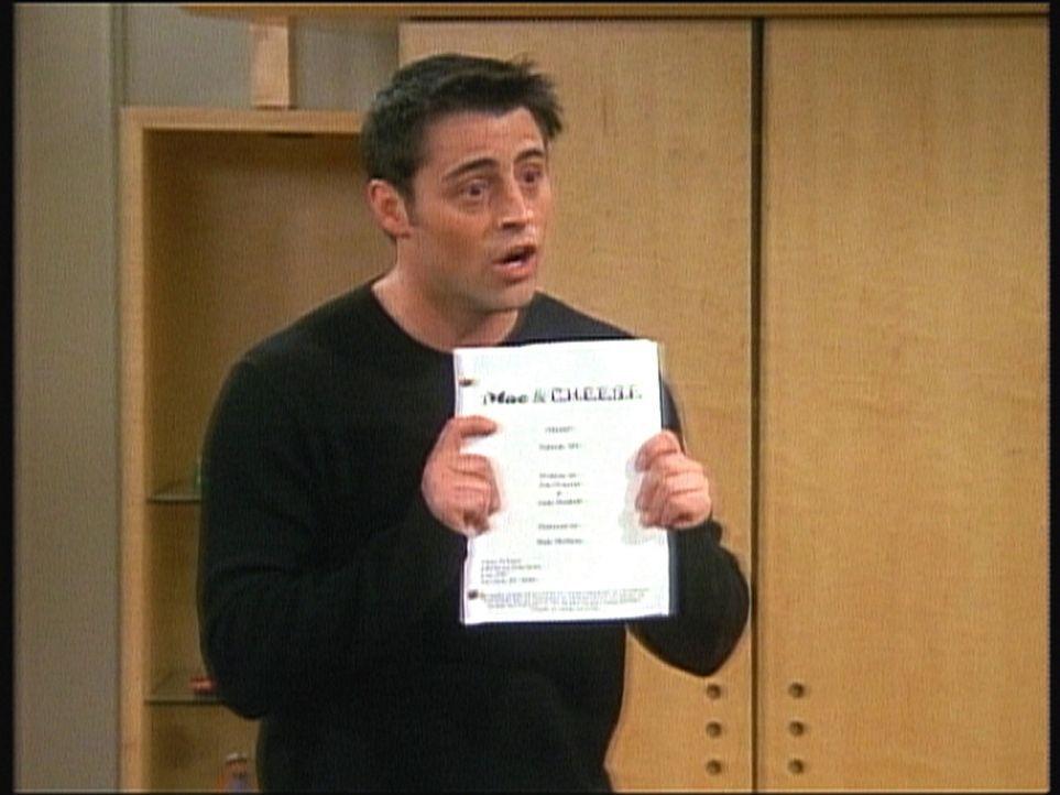 Joey (Matt LeBlanc) ist überglücklich: Er hat eine Rolle in einer Serie bekommen. - Bildquelle: TM+  2000 WARNER BROS.