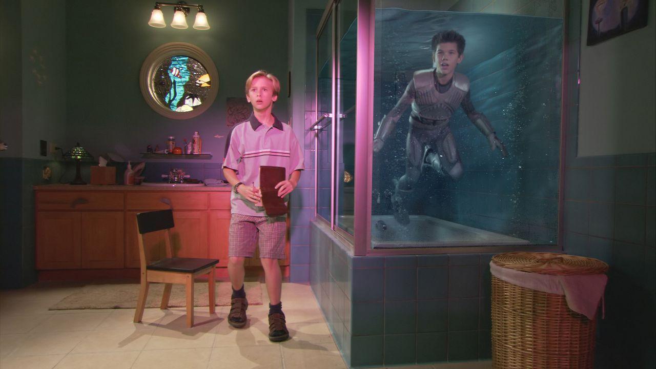 Weil der Schulalltag ziemlich unerfreulich ist, flüchtet sich Max (Cayden Boyd, l.) in seine ganz persönliche Traumwelt. Hauptfiguren des in seine... - Bildquelle: 2005 Miramax Film Corp. All Rights Reserved.
