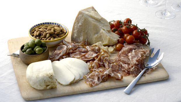 Was wäre die Küche Italiens ohne Antipasti. Giada widmet sich diesmal den kle...