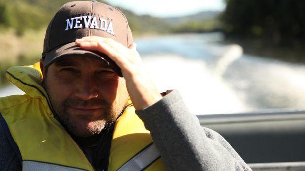 In Ozeanien im Südpazifik macht sich Dr. Zeb Hogan auf die Suche nach Riesen-...