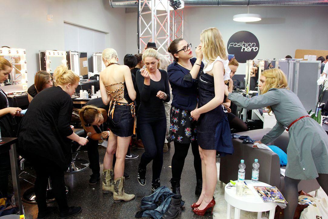 Fashion-Hero-Epi02-Fashionshowdown-18-ProSieben-Richard-Huebner - Bildquelle: ProSieben / Richard Huebner