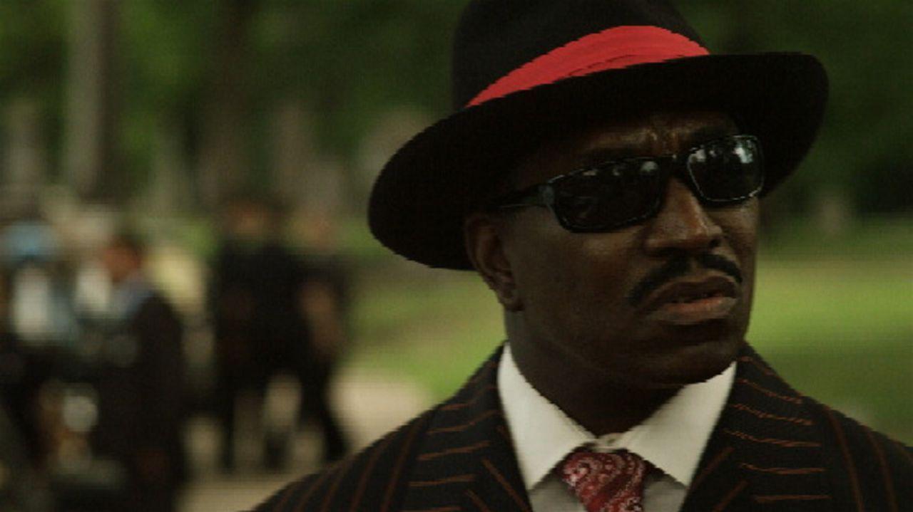 Det. Tyrone Fowler (Clifton Powell) gehört zur Gruppe von Undercover-Cops, die die Drogenszene von Detroit hochgehen lassen wollen. Doch damit lebt... - Bildquelle: 2011 Twentieth Century Fox