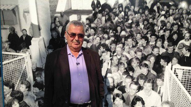Anlässlich des 25. Jubiläums des Falls der Berliner Mauer erzählt