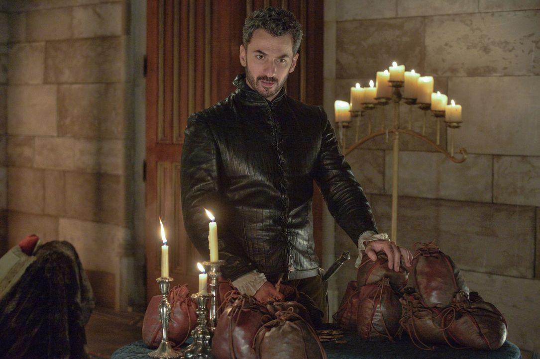 Zeigt sein wahres Gesicht: Graf Vincent (Michael Aronov) nimmt das gesamte Schloss in Geiselhaft, nachdem er viele Wochen in den Wäldern verbracht h... - Bildquelle: Ben Mark Holzberg 2013 The CW Network, LLC. All rights reserved.