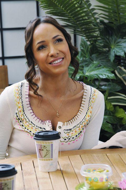 Rosie (Dania Ramirez) wünscht sich von Spence, dass er ihre Ehre verteidigt, während Remi aus der Entziehungskur zurückkehrt ... - Bildquelle: ABC Studios