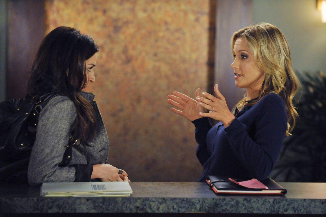 Amelia (Caterina Scorsone, l.) leidet sehr unter sexuellem Entzug. Charlotte (KaDee Strickland, r.) und Violet sind der Meinung, dass Sheldon die L - Bildquelle: ABC Studios