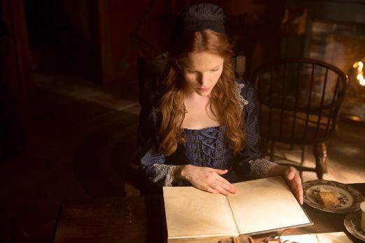 Salem - Anne (Tamzin Merchant) geht ihren Kräften mit Hilfe eines mysteriösen...