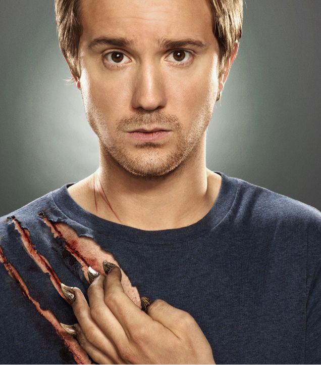 (3. Staffel) - Josh (Sam Huntington) hat ein dunkles Geheimnis. Gemeinsam mit seinem Freund und Arbeitskollegen Aiden, versucht er dies von der Auße... - Bildquelle: 2013 B.H. 2 Productions (Muse) Inc. ALL RIGHTS RESERVED.