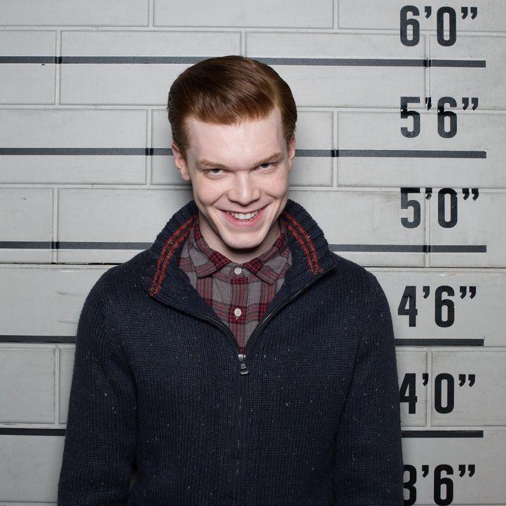 Treibt in Gotham sein Unwesen: Jerome Valeska (Cameron Monaghan), 18 Jahre alt, Muttermord. - Bildquelle: Warner Brothers