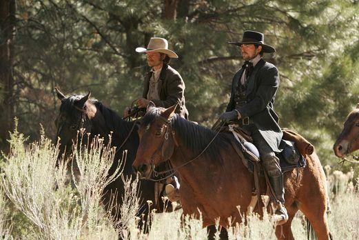 Comanche Moon - Während Gus (Steve Zahn, l.) und Woodroow (Karl Urban, r.) in...