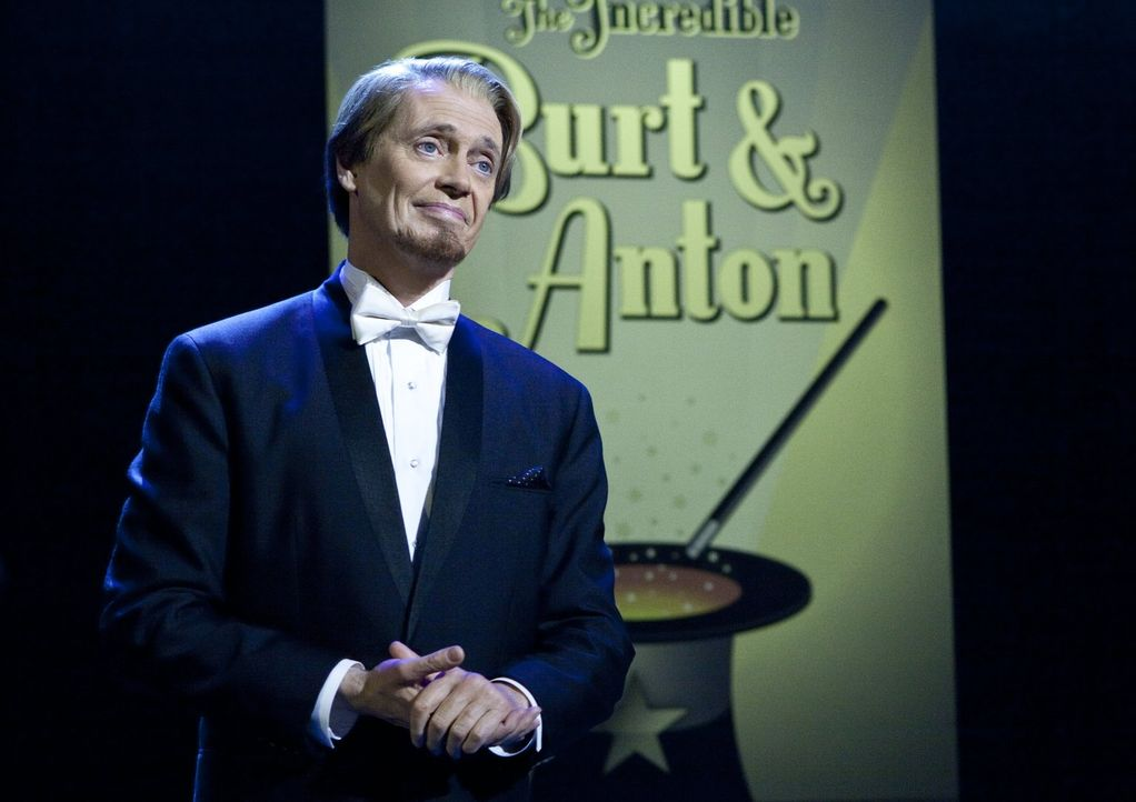 Kann Anton (Steve Buscemi) wirklich über 1000 Zuschauer aus dem Saal zaubern? - Bildquelle: 2013   Warner Brothers