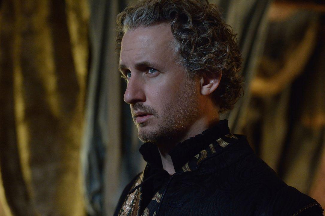 Nach Leiths Rückkehr beginnt Lord Castleroy (Michael Therriault) an Greers Gefühlen zu zweifeln. Ist er wirklich bereit, sie zu heiraten, obwohl ihr... - Bildquelle: Ben Mark Holzberg 2014 The CW Network, LLC. All rights reserved.